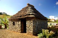 σπίτι Μαδέρα παραδοσιακή στοκ εικόνες