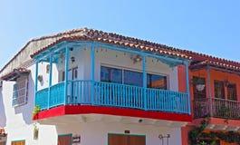 Σπίτι με ένα μπλε μπαλκόνι στην πόλη της Καρχηδόνας, Κολούμπια Στοκ φωτογραφίες με δικαίωμα ελεύθερης χρήσης