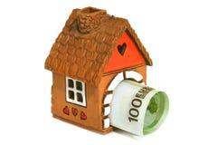 Σπίτι με τα χρήματα Στοκ φωτογραφίες με δικαίωμα ελεύθερης χρήσης