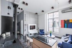 Σπίτι με το ανοικτό σχέδιο ορόφων Στοκ Εικόνες