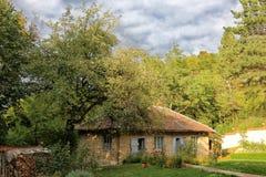 Σπίτι που κατοικείται από τις καλόγριες Στοκ φωτογραφία με δικαίωμα ελεύθερης χρήσης