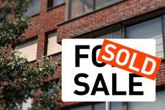 σπίτι που πωλείται Στοκ φωτογραφία με δικαίωμα ελεύθερης χρήσης