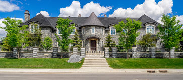 Σπίτι πολυτέλειας στο Κάλγκαρι, Καναδάς στοκ εικόνες με δικαίωμα ελεύθερης χρήσης