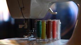 Σπίτι σειρών εξαρτημάτων ράβοντας μηχανών φιλμ μικρού μήκους