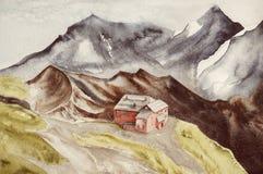 Σπίτι σε έναν λόφο μεταξύ των υψηλών βουνών στοκ φωτογραφία