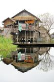 Σπίτι στη λίμνη Inle στη Βιρμανία, Ασία Στοκ φωτογραφία με δικαίωμα ελεύθερης χρήσης