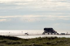 Σπίτι στους σωρούς, Βόρεια Θάλασσα Στοκ Φωτογραφίες