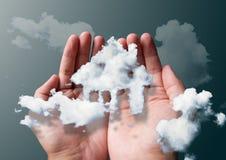 σπίτι σύννεφων Στοκ φωτογραφία με δικαίωμα ελεύθερης χρήσης