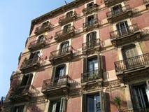 Σπίτι της Βαρκελώνης Θερινή εικόνα Κεφάλαιο Catalunian Ιστορικό κτήριο στοκ εικόνες