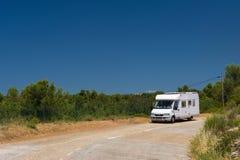 Σπίτι της Mobil στο τοπίο της Γαλλίας Στοκ φωτογραφία με δικαίωμα ελεύθερης χρήσης