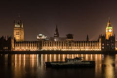 Σπίτι του Κοινοβουλίου τη νύχτα στο Λονδίνο Στοκ φωτογραφίες με δικαίωμα ελεύθερης χρήσης