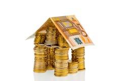 Σπίτι των ευρο- χρημάτων νομισμάτων Στοκ Φωτογραφίες