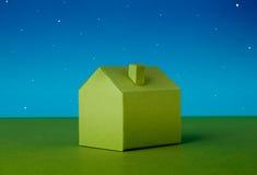 Σπίτι φιαγμένο από έγγραφο Στοκ Εικόνα