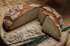 σπίτι ψωμιού που γίνεται π&alpha στοκ φωτογραφία