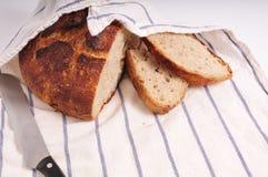 σπίτι ψωμιού που γίνεται στοκ φωτογραφίες
