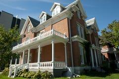 Σπίτι Abramsky στο πανεπιστήμιο βασίλισσας ` s - Κίνγκστον - Καναδάς στοκ εικόνες με δικαίωμα ελεύθερης χρήσης