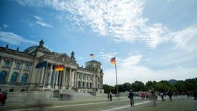 Σπίτι Reichstag του γερμανικού Κοινοβουλίου στο Βερολίνο απόθεμα βίντεο