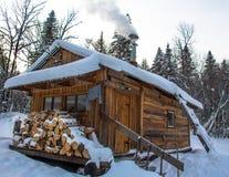 Σπίτι Taiga Στοκ Εικόνες