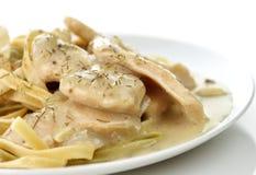 σπανάκι ζυμαρικών κοτόπο&upsilon Στοκ Εικόνες