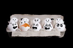 σπασμένα αυγά αυγών ανασκόπησης μαύρο κουτί Στοκ εικόνα με δικαίωμα ελεύθερης χρήσης