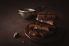 Σπασμένα κομμάτια σοκολάτας Στοκ εικόνα με δικαίωμα ελεύθερης χρήσης