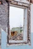 Σπασμένες καταστροφές παραθύρων γυαλιού Στοκ φωτογραφία με δικαίωμα ελεύθερης χρήσης