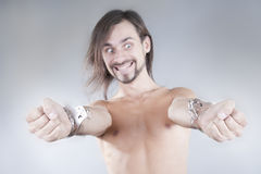 σπασμένες χειροπέδες μα&ka Στοκ εικόνες με δικαίωμα ελεύθερης χρήσης