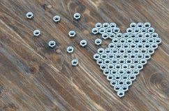 Σπασμένη καρδιά των καρυδιών βιδών Στοκ Εικόνες