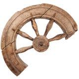 Σπασμένη ξύλινη εκλεκτής ποιότητας περιστρεφόμενη ρόδα Στοκ εικόνα με δικαίωμα ελεύθερης χρήσης