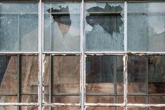 Σπασμένο γυαλί παράθυρο texstute, σπασμένος τοίχος στοκ εικόνες