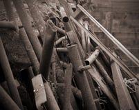 Σπασμένο και οξυδωμένο μέταλλο φύλλων Στοκ εικόνα με δικαίωμα ελεύθερης χρήσης