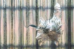 σπασμένο παράθυρο γυαλι& Στοκ εικόνα με δικαίωμα ελεύθερης χρήσης