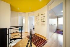 σπειροειδής σκάλα πατωμ Στοκ Φωτογραφία