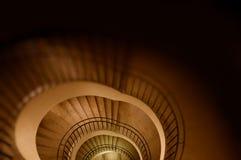 σπειροειδές σκαλοπάτι &a Στοκ φωτογραφία με δικαίωμα ελεύθερης χρήσης