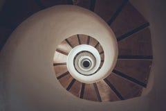 Σπειροειδής σκάλα κύκλων - γεωμετρική έννοια Στοκ φωτογραφία με δικαίωμα ελεύθερης χρήσης