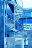 Σπειροειδής σύγχρονη σκάλα Στοκ φωτογραφίες με δικαίωμα ελεύθερης χρήσης