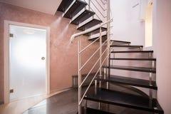 σπειροειδή σκαλοπάτια ξ Στοκ εικόνες με δικαίωμα ελεύθερης χρήσης