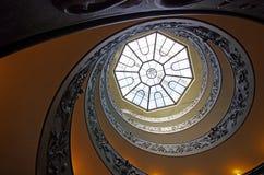Σπειροειδή σκαλοπάτια των μουσείων Βατικάνου Στοκ Φωτογραφία