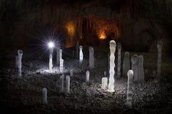 Σπηλιά και παγάκια Στοκ φωτογραφία με δικαίωμα ελεύθερης χρήσης