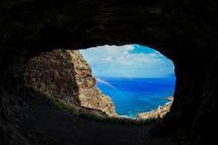 Σπηλιά ουράνιων τόξων στοκ φωτογραφίες με δικαίωμα ελεύθερης χρήσης