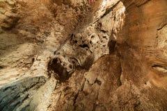 Σπηλιά Ionel (John) στα βουνά της Ρουμανίας Arieseni Στοκ Φωτογραφίες