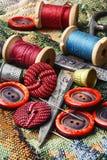 Σπιτικά εργαλεία για το ράψιμο και τη ραπτική Στοκ Φωτογραφία