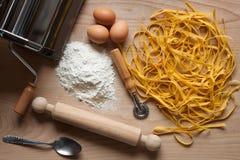 Σπιτικά ζυμαρικά αυγών Στοκ φωτογραφίες με δικαίωμα ελεύθερης χρήσης