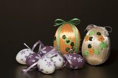 Σπιτικά ζωηρόχρωμα αυγά Πάσχας Στοκ Εικόνα