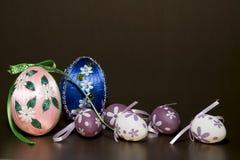 Σπιτικά ζωηρόχρωμα αυγά Πάσχας Στοκ Εικόνες