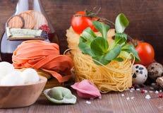 Σπιτικά ιταλικά ζυμαρικά στοκ εικόνα με δικαίωμα ελεύθερης χρήσης