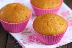 Σπιτικά muffins βανίλιας Στοκ Εικόνες
