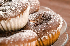 σπιτικά muffins σοκολάτας στοκ φωτογραφία