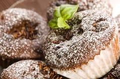 Σπιτικά muffins σοκολάτας στοκ εικόνα