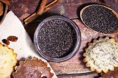 Σπιτικά muffins σοκολάτας Στοκ φωτογραφία με δικαίωμα ελεύθερης χρήσης